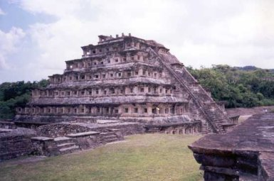 Pir�mides De El Taj�n Zona Arqueologica De Veracruz